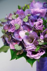 lila brudbukett