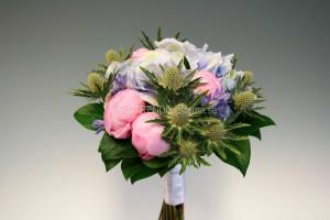 rosablå brudbukett