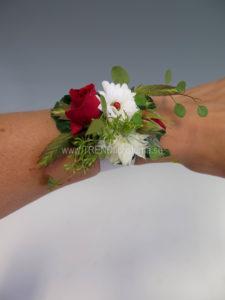 armband rött vitt