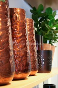 Kopparfärgade vaser