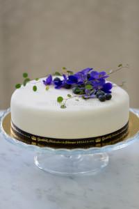 enkel tårta blålila
